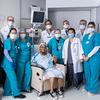 Una mujer obtiene una nueva tráquea en una cirugía de trasplante pionera