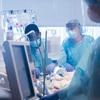 El primer trasplante de pulmón conocido en los Estados Unidos para un paciente con COVID-19 se realizó en Chicago