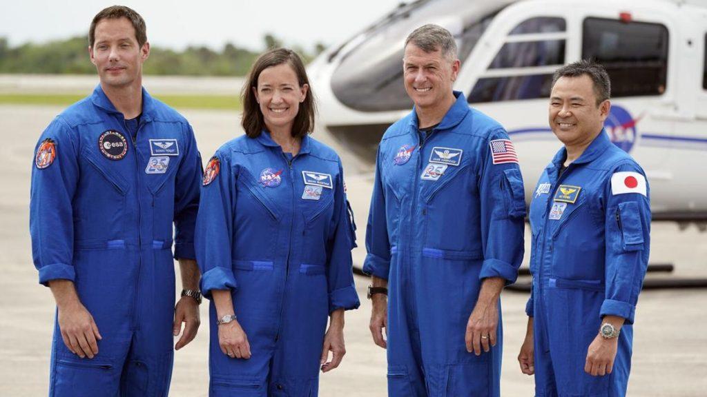 La elección de SpaceX de los turistas lunares, a punto de lanzar su tercera tripulación |  noticias nacionales