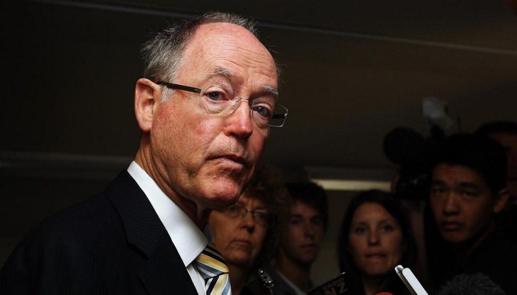 """Don Brash se opone firmemente a la """"catastrófica"""" Autoridad Sanitaria Maorí."""