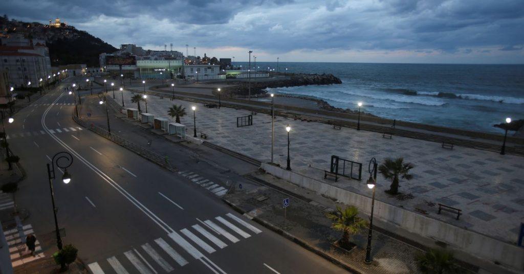 Argelia planea estrictas medidas de salud mientras se prepara para reanudar los vuelos