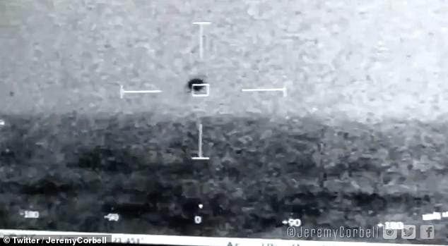 En 2019, las imágenes filtradas del Pentágono mostraban un objeto volador flotando sobre San Diego, lo que sugiere que quizás un 'encuentro cercano del tercero' no está lejos de suceder después de todo.