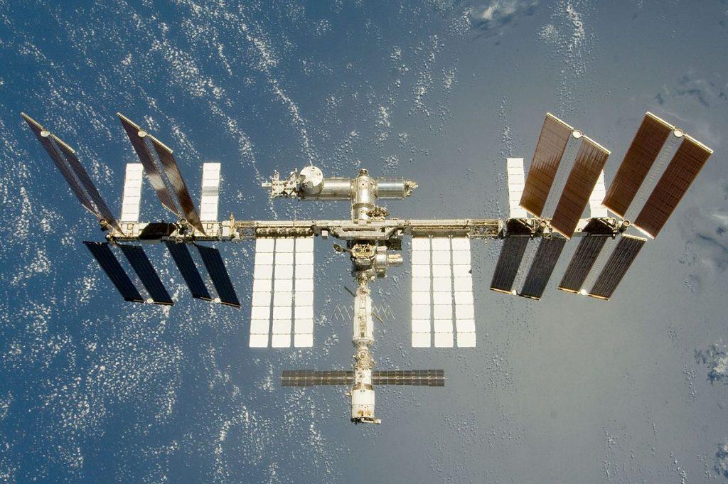 Levanten las sanciones al sector espacial o saldremos de la estación espacial - Organización Mundial de la Paz