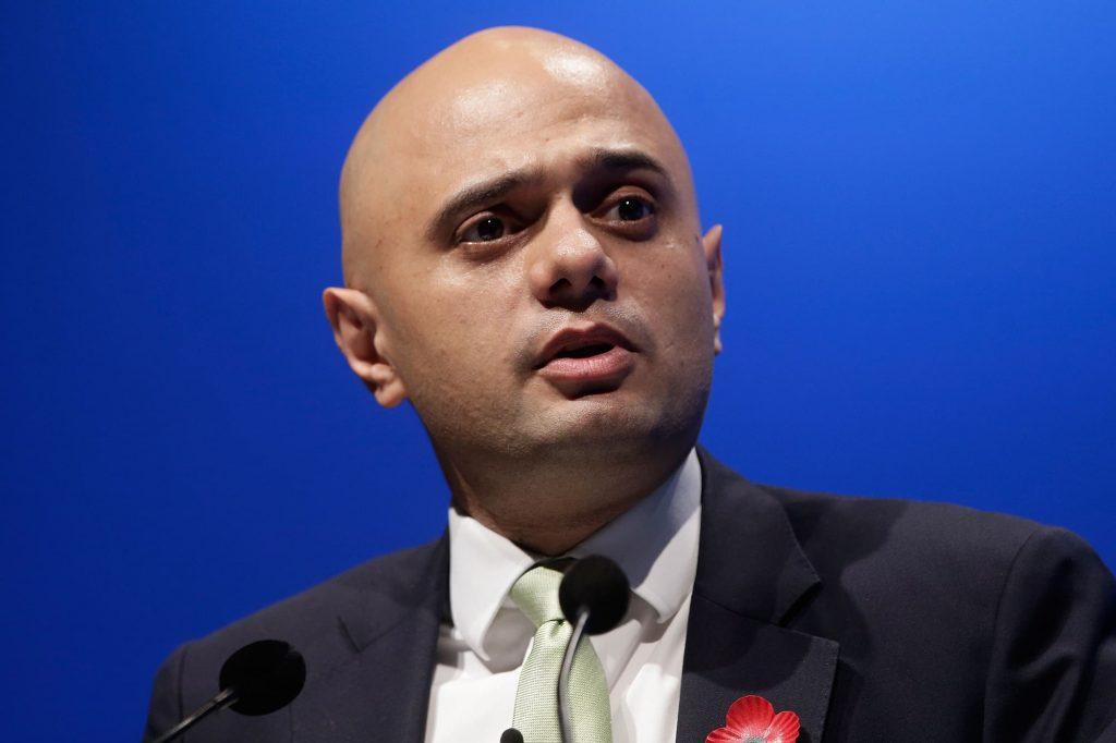 El secretario de Salud británico, Sajid Javid, da positivo por COVID-19