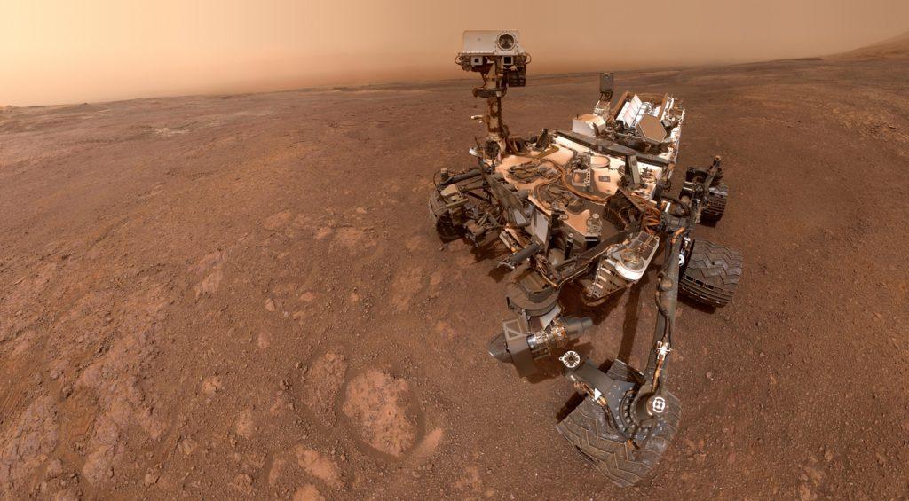 Curiosity Rover toma un panorama asombroso para celebrar 9 años en Marte