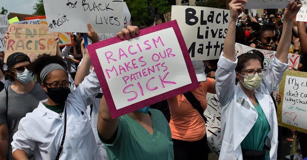 Por qué persisten las disparidades raciales en la atención médica
