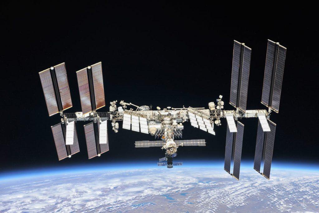 China comienza a investigar sobre la construcción de una nave espacial de un kilómetro    Noticias
