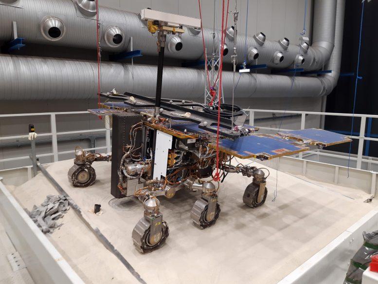 inclinándose hacia Marte