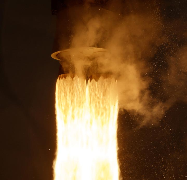 Landsat 9. motor de cohete