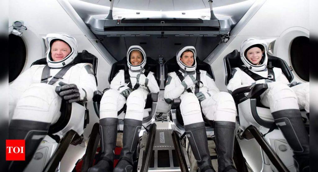 Tierra: Cuatro turistas de SpaceX están listos para regresar a la Tierra esta noche