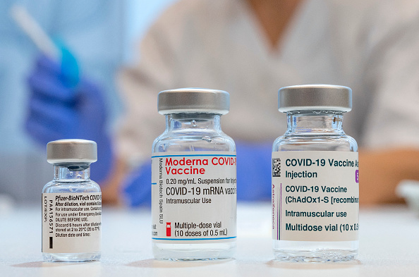 Es posible que las personas que no estén vacunadas deban pagar más por el seguro médico