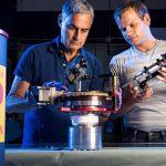 Un experimento científico mundial ha puesto en duda la existencia de neutrinos estériles